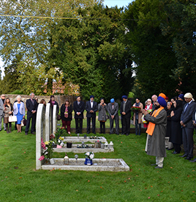 Visitors to the Grave of Maharajah Duleep Singh