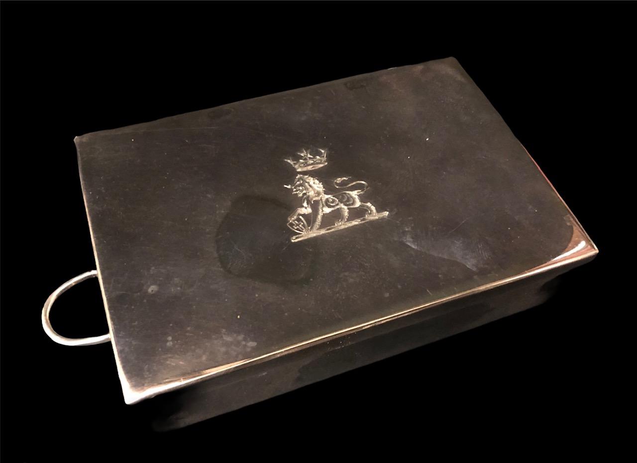 Silver Crested Sandwich Box